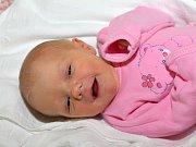 VERONIKA ŠTAUDOVÁ. Narodila se 14. května Anně a Josefovi z Trpína. Měřila 49 centimetrů a vážila 2,68 kilogramu. Má sourozence Pepíka a Andulku.