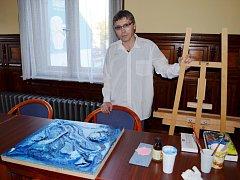 Výtvarníci si dali dostaveníčko v Červené knihovně ve Svitavách. Pracovali na dalších dílech do galerie Venkovka.