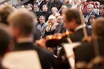 Nedělní koncert České filharmonie přesvědčil, že toto hudební těleso patří k nejlepším v Evropě.