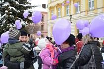 Na svitavském náměstí se v pátek odpoledne sešly desítky dětí, aby poslaly svůj vánoční vzkaz Ježíškovi.