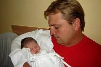 AMÁLKA OLŠÁNOVÁ. Holčička se narodila 11. července v 8.20 hodin jako  druhorozená dcera rodičům Olšánovým z Rohozné. Vážila 2,60 kilogramu a měřila 50 centimetrů. Doma se na sestřičku těšil tříletý bráška Tomášek.
