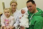 Sebastian Prokůpek se mamince Nikole, tatínkovi Jakubovi a 2,5leté sestřičce Leontýnce z Pomezí narodil 27. listopadu v 9:18 hodin. Měla 3900 gramů a 50 centimetrů.
