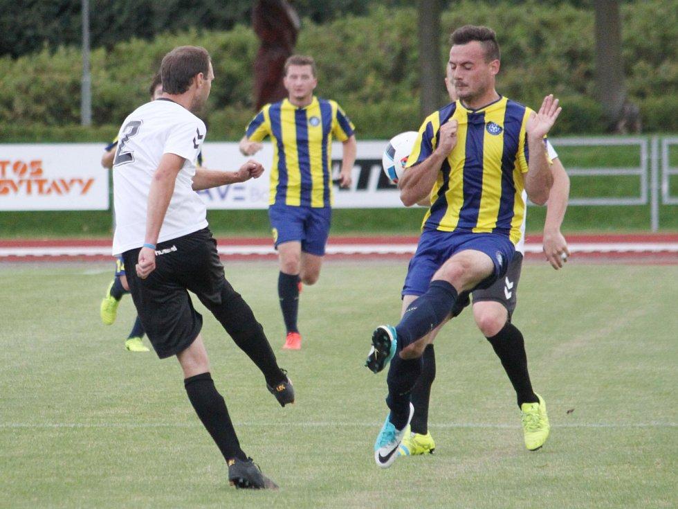 V okresním derby se z prestižní výhry radovali svitavští fotbalisté.