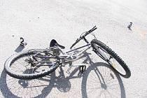Řidič automobilu nedal cyklistovi pravděpodobně přednost.