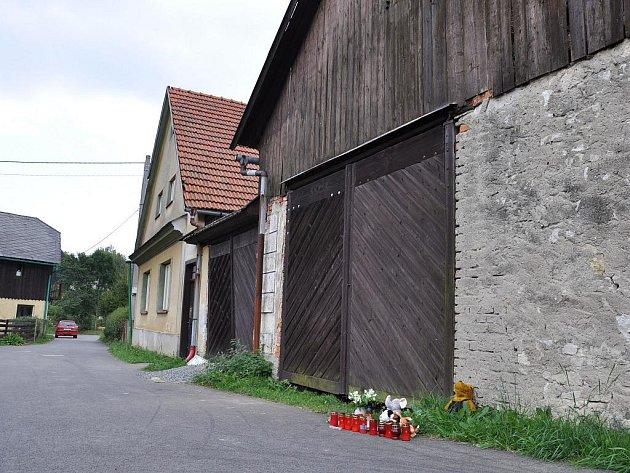Dům v Širokém Dole, ve kterém se odehrála vražda čtyř dětí.