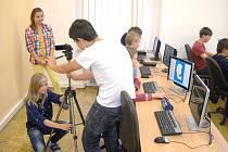 Do školy na náměstí 'vtrhla' moderní technika s projekty
