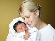 ŠARLOTA TURZOVÁ. Malá slečna přišla na svět 23. září v 8.32 hodin. Vážila 3,9 kilogramu a měřila 51 centimetrů. S rodiči Nelou a Lukášem a dvouletým bráchou Tiborem bydlí v Moravské Třebové.