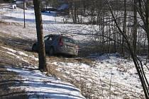 U Pusté Rybné havarovalo vozidlo Kia Ceeded.