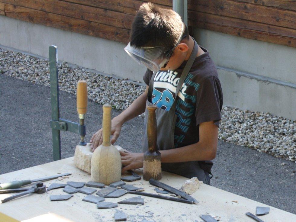 Kamenictví je náročné hlavně fyzicky