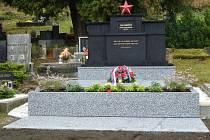 VÁLEČNÝ HROB Ivana Banděreva  je opravený.