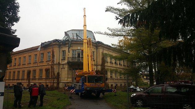 Dětská nemocnice přišla o kupoli.