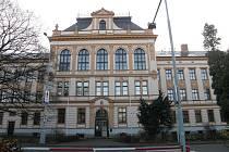 Poličské gymnázium.