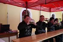 Z Bystřice pod Pernštejnem si odvezl Jaroslav Němec dvě prvenství. Za pojídání palačinek se špenátem a pití tupláku piva.