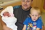 NIKOL DLÁBKOVÁ potěšila rodiče Petru a Richarda 4. září, když v 10.22 hodin přišla na svět. Vážila 2,55 kilogramu a měřila 48 centimetrů. Ze sestřičky se raduje tříletý Daniel.