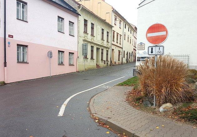 Cyklostezka v Bránské ulici v Moravské Třebové.