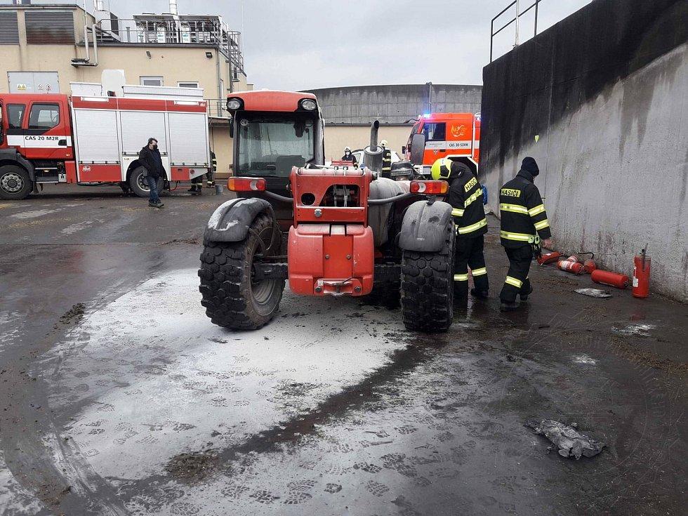 Technická závada způsobila požár manipulátoru