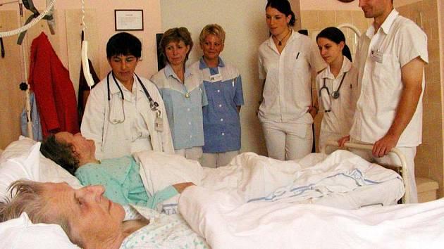 Ilustrační foto: Interna svitavského odděleníÍ už není postrachem pacientů. Vedení nemocnice zlepšilo pracovní podmínky personálu, uvolnilo peníze na hygienické a technické zázemí.