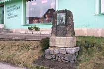 Původní stav pomníku.