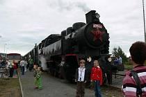 Lidé v Chornici si připomněli 160 let od zahájení provozu na železniční trati z Brna do České Třebové a 120 let od zahájení provozu na tratích Moravské západní dráhy.
