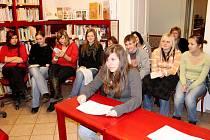 Studenti v Moravské Třebové vzdali poctu Máchovi.