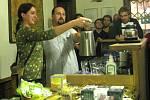 Ve Svitavách pokřtili novou literární čajovnu.