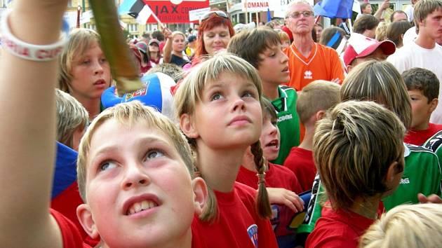 Slavnostní průvod Prešovem a oficiální zahájení mezinárodního turnaje Fragaria Cupu 2007.