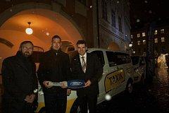 Taxík Maxík míří do svitavských ulic.