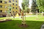 Nová zeleň, chodníky, hřiště i mobiliář. Největší jevíčské sídliště se po letech dočkalo komplexní revitalizace, které po třech letech bude brzy dokončená.