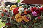 Studenti připravili tradiční Květinovou show