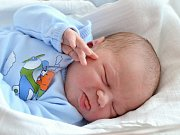 JIŘÍ ROUN. Narodil se 1. května Boženě a Jiřímu ze Svitav. Měřil 52 centimetrů a vážil 4,08 kilogramu. Má brášku Danečka.