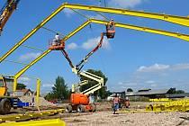 V Morašicích staví zemědělské družstvo novou odchovnu jalovic.