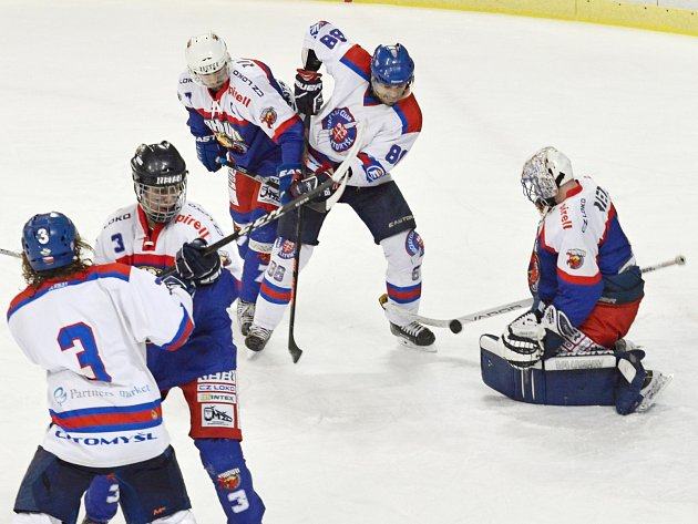 Rostislav Pilavka slavil v den zápasu 39. narozeniny, zapsal se do listiny střelců, ale z výsledku radost mít nemohl.