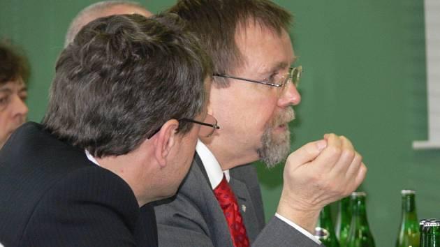 Hejtman Radko Martínek na návštěvě ve svitavské nemocnici.