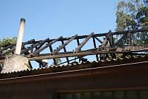 Požár stodoly v Lačnově si vyžádal výjezd čtyř hasičských jednotek.