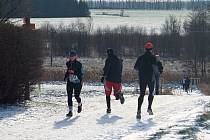 V zimní kulise bojovali běžci na svitavské trati.