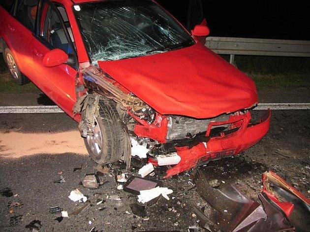 Tři divoká prasat způsobila nehodu na silnici I/35.