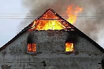 Požár rodinného domu v Opatovci
