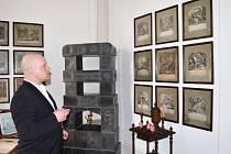 MILOŠ DEMPÍR, kastelán hradu Svojanov,  má obavy, že přijdou o řadu grafik, ale i dalších sbírkových předmětů, které vystavují v dlouho připravované expozici.