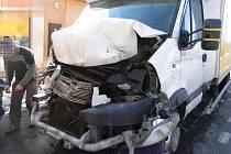 Havárie pěti aut u Borové.