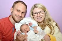 JAN ZELENDA. Narodil se 6. května Janě a Jakubovi ze Svitav. Měřil 48 centimetrů a vážil 3,13 kilogramu.
