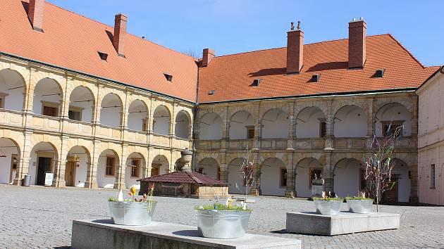 عید پاک در قلعه در Moravska Trebova