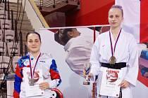 Útok na nejvyšší stupínek Anně Kašparové (vlevo) nevyšel, za svoje úsilí se však dočkala medailové odměny.