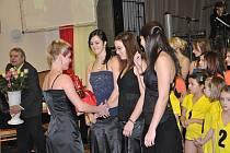 Na Sokolském plese v Dolním Újezdu ocenili nejlepší sportovce v obci.