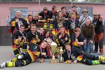 """""""Věřím, že úspěchy týmů ze Svitavska budou motivací pro nové mladé, ale i starší hráče, aby si hokejbal sami vyzkoušeli,"""" věří jeden z koučů zlatého celku starších žáků Petr Tomšů."""