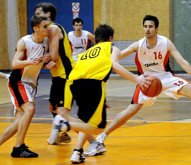 Qanto Svitavy B proti Tesle Pardubice B.