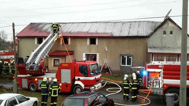 Požár rodinného domu vPoličce
