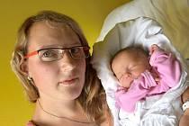 ELIŠKA FOTROVÁ je první radostí pro Kristýnu a Tomáše z Koclířova. Narodila se 16. srpna v 8.23 hodin. Vážila 2,8 kilogramu a měřila 46 centimetrů.