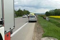 Dopravní kolizi, která se stala na silnici mezi Moravskou Třebovou a Svitavami.