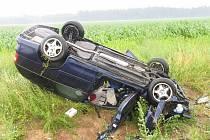 Na silnici z Litomyšle na Poličku u odbočky do Dolního Újezdu došlo ve čtvrtek před třináctou hodinou k tragické nehodě.