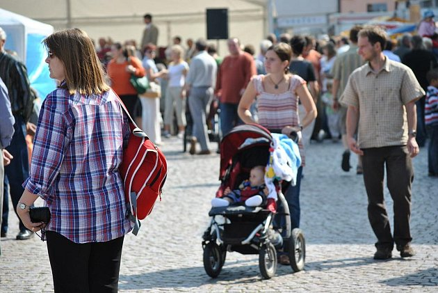 Tradiční jarmark v Litomyšli na náměstí.
